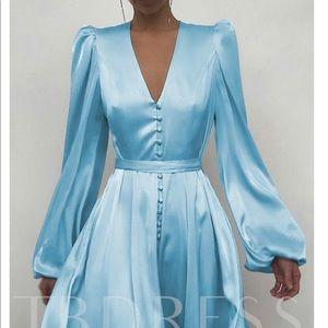 NWT Long Sleeve Button Up Silky Dress Medium